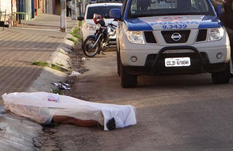 Brumado: Comerciante é encontrado sem vida em frente ao Derba