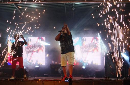 Verão Mix agitou Aracatu com Trio da Huanna e Gueto é Gueto