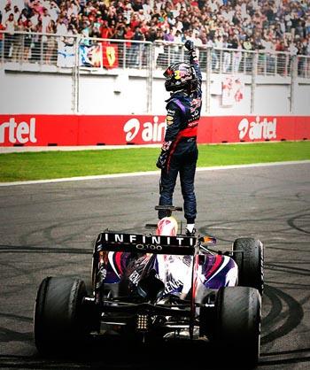 F1: Vettel conquista o tetra aos 26 anos e entra para história