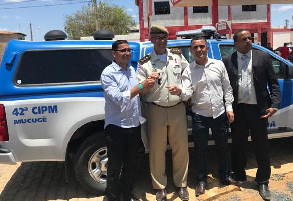 Ivana Bastos garante viatura da PM para Mucugê