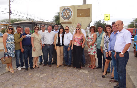 BRUMADO RECEBE VISITA DO GOVERNADOR DO ROTARY CLUB