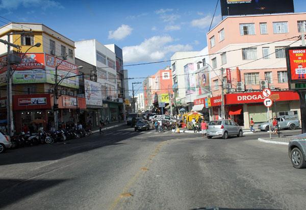 Comércio de Vitória será reaberto na próxima segunda; inclusive shoppings