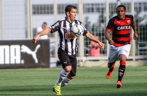 Campeonato Brasileiro: Vitória perde para Atlético-MG e continua no Z4