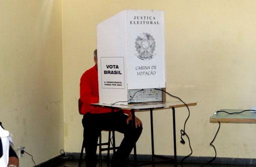 Eleitor deve levar um minuto e 14 segundos para votar, diz TSE